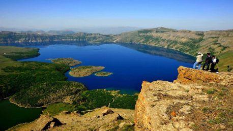 Nemrut Krater Gölü & Ahlat Turu